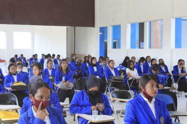 Sebanyak 108 mahasiswa IKIP Muhammadiyah Maumere Hadiri Pembekalan magang III